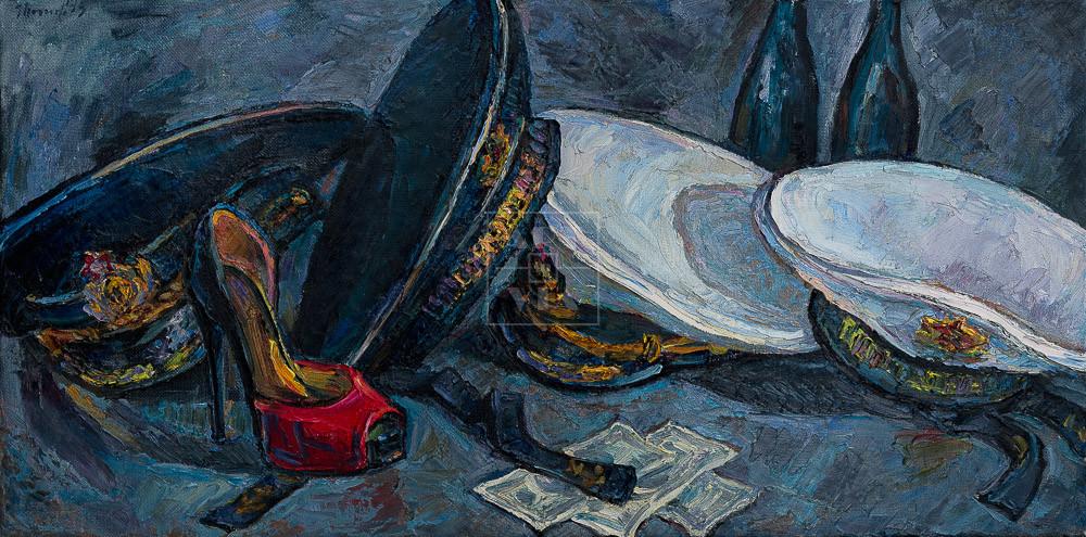 Картина. Натюрморт с фуражками и красной туфелькой