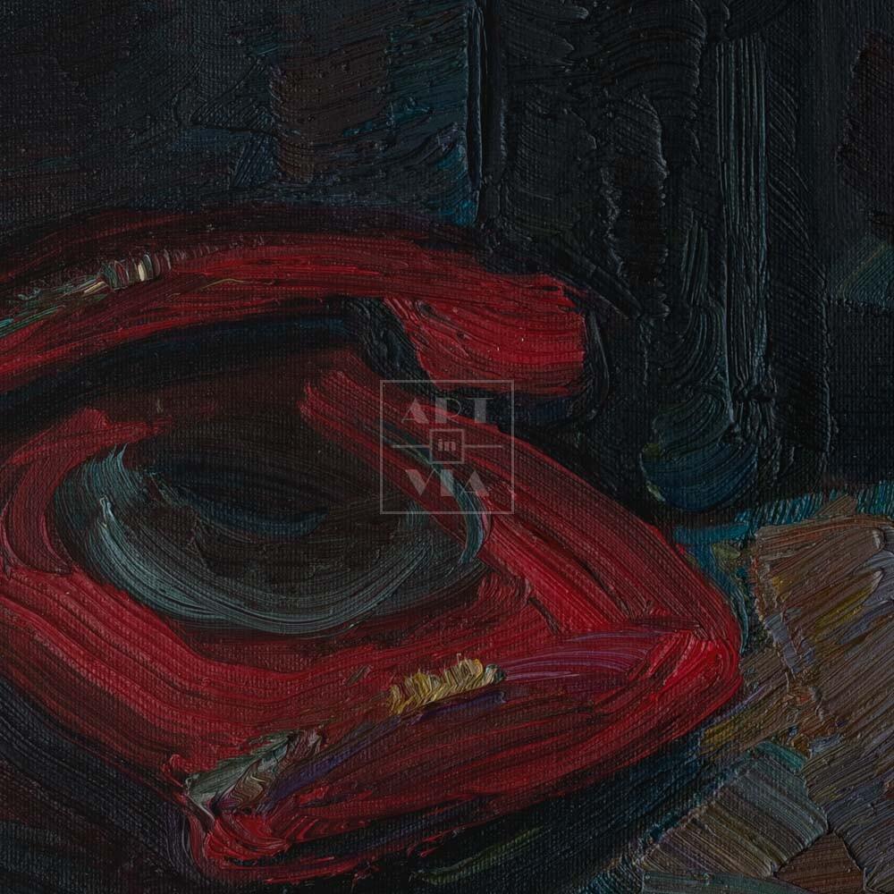 Фрагмент картины 2/3. Натюрморт с красным телефоном и шляпой