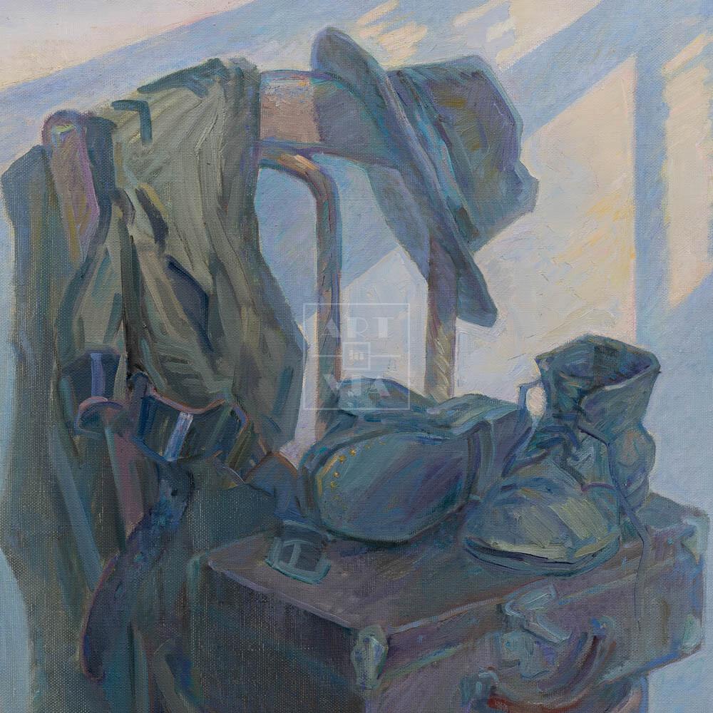 Фрагмент картины 1/3. Натюрморт с ботинками и чемоданчиком